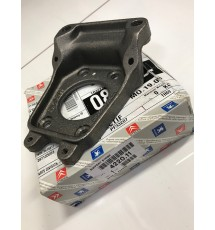 Genuine O/E Peugeot 205 1.9 GTI & 309 GTI rear brake calliper mounting bracket (1) - 4220.11